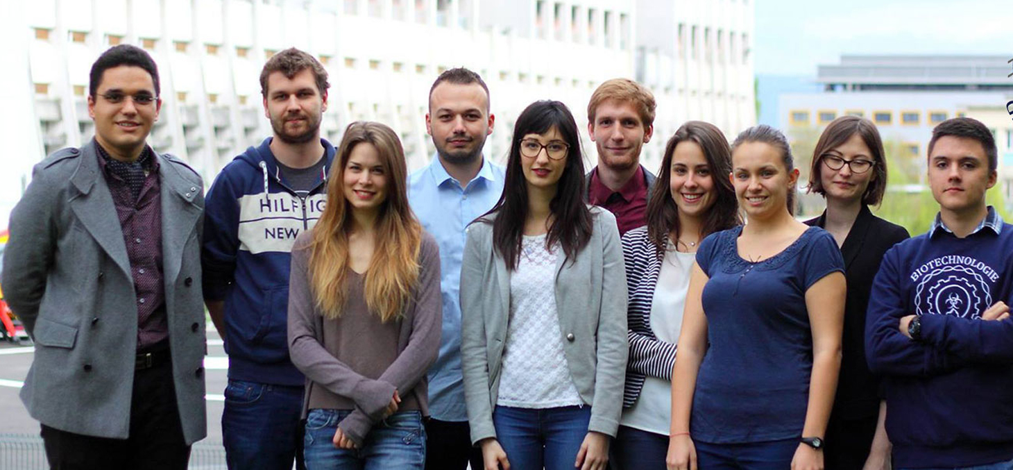 Les étudiants de l'équipe iGEM du site universitaire Grenoble Alpes.